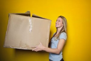 Lady and a moving box - better moves